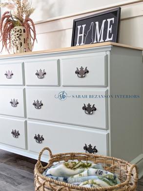 03.06.2021 - Woodlawn Blue Dresser (10).