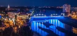 Świecący most piastowski