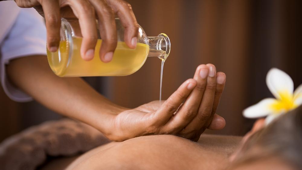 aromaterapia bologna, massaggio a bologna, massaggiatore bologna