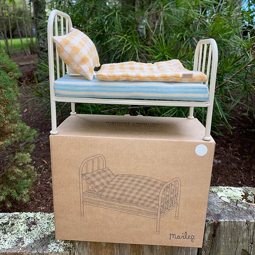 Maileg Vintage Teddy Bed