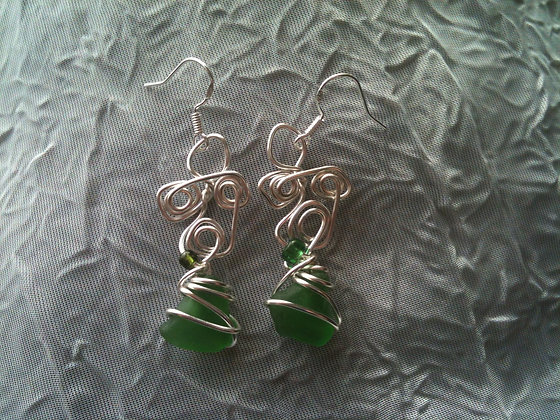 Green sea glass - LRSGJ586