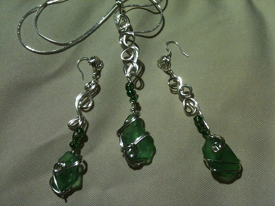 Green Sea Glass - LRSGJ288