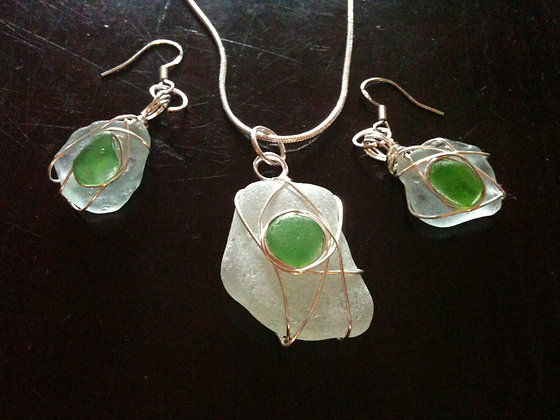 White & Green Sea Glass - LRSGJ396