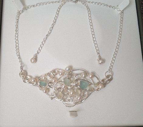 White, Aqua & Pearl - LRSGJ565