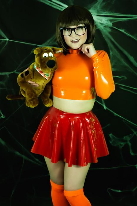 Velma 4.jpg