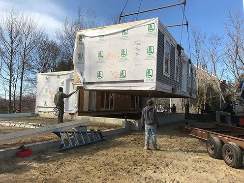 Craning a modular on foundation