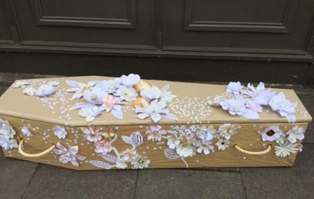 coffin decorating