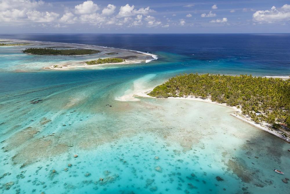 La seule passe pour rentrer dans le lagon de Tikehau, croisière catamaran Tuamotu