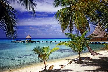 Cruise on catamaran Tuamotu French Polynesia Rangiroa