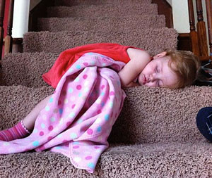 http://iambored.pro/kids-who-lost-the-fight-against-sleep/