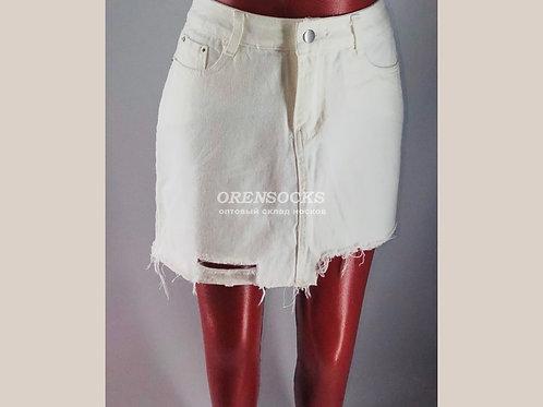 Джинсовая юбка белая, с карманами, рваные снизу арт.1671