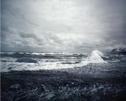 Ocean wave of Breaking Icea