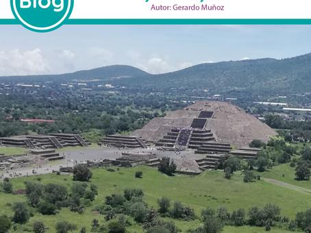 Las Hijas del Sol y la Pirámide