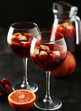wine--Pollos-Astoria.jpg