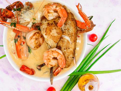 Whole-fish-la-costa-latin-cuisine.png