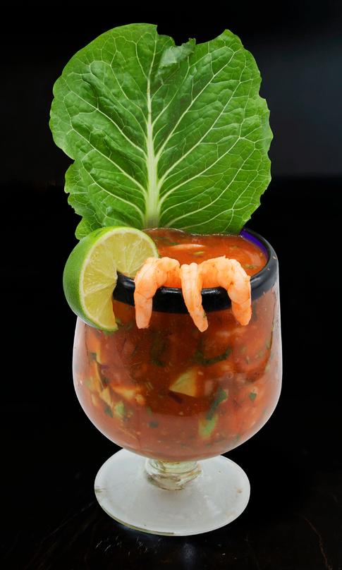 Cocktail-tropical-la-costa-latin-cuisine
