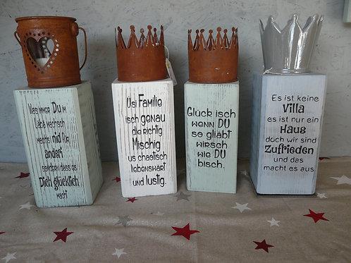 Holzsäule Kalkfarbe mit Spruch und Dekoration klein