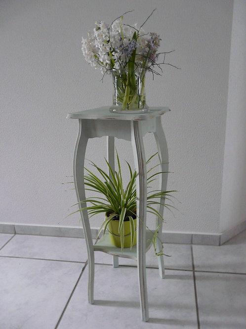 Altes Pflanzenmöbel Shappy chic