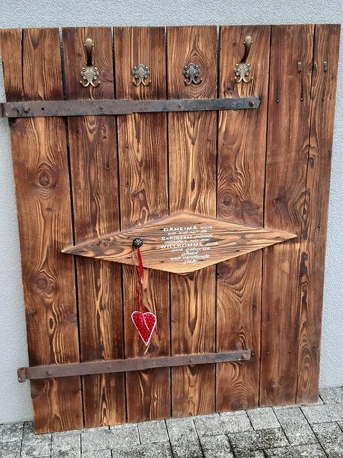 Altholz Garderobe für an die Wand aus altem Tor
