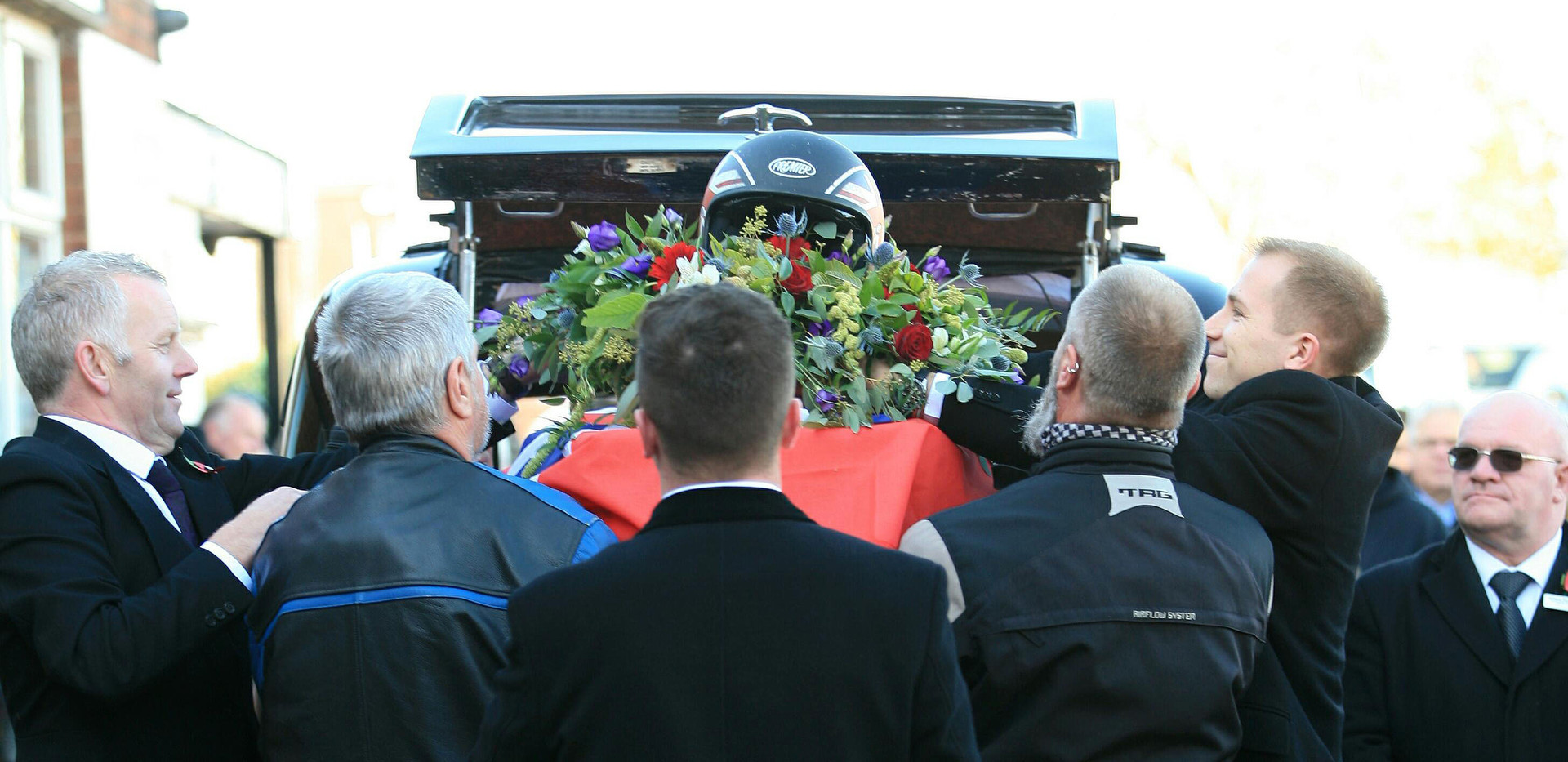 Funeral of the late Dave Peever Our team helping the bearers