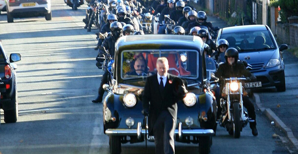Funeral of the late Dave Peever Walking