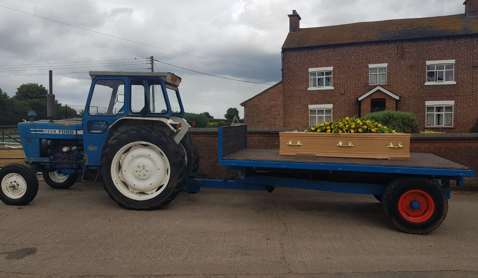 Funeral of the late Nigel Smith - Tractor & Trailer
