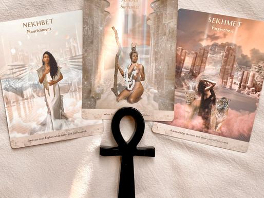 Flip Through | Terra Qi Goddess Oracle