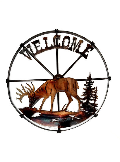Small Wheel with Whitetail Deer & Welcome