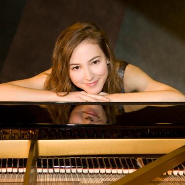 Silvia Carrera - Piano
