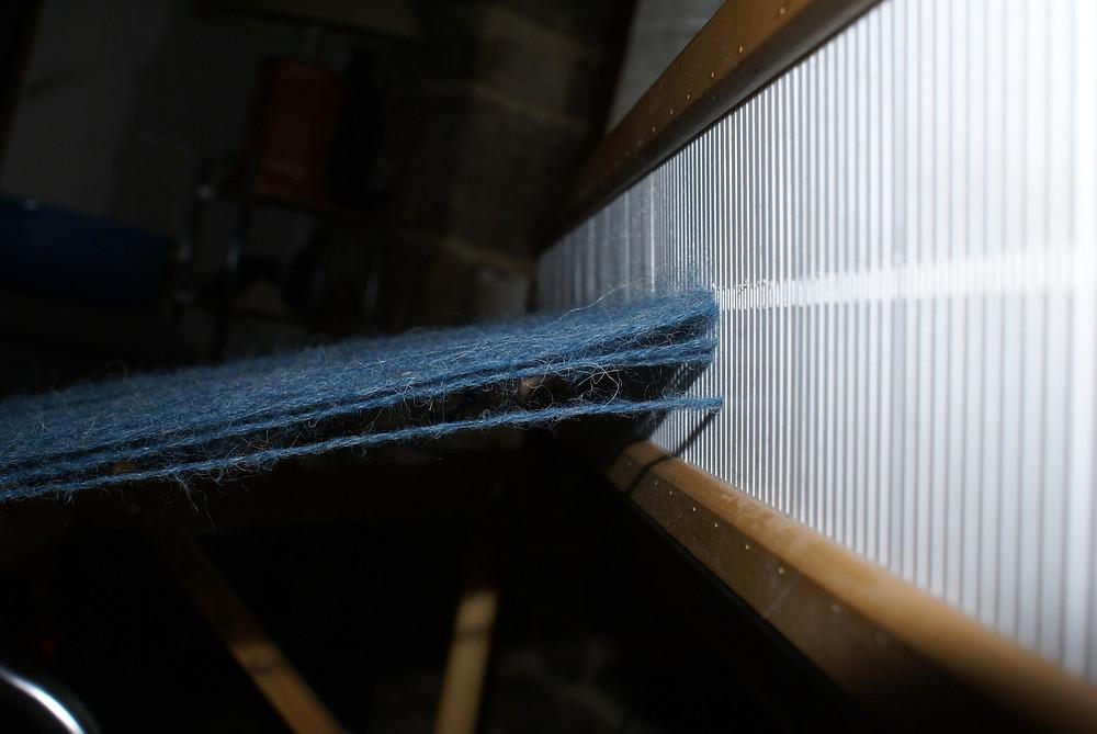 montage laine métier peigne rigide
