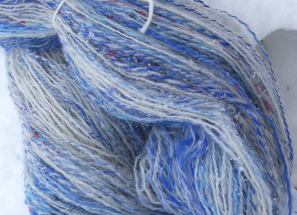 écheveau laine mérinos bleu clun forest blanc