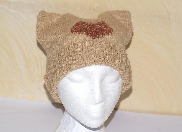 """Bonnet oreilles de chat, """"pussy cat hat """" brun clair orné d'un coeur"""