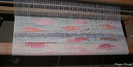 Un panneau avec en  lin avec des incrustations en coton a broder