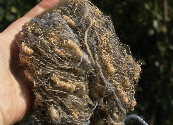 laine bouclette filée main