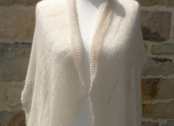 châle mariage blanc tricot et perles