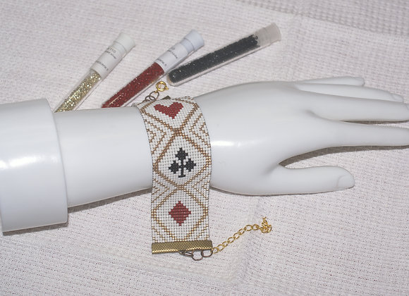 Bracelet perles tissées motif jeu de carte blanc rouge noir
