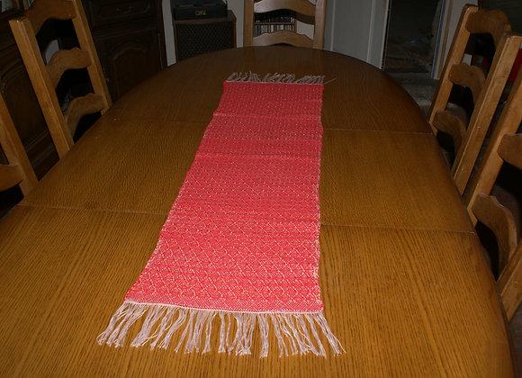 chemin de table coton rouge tissé main rebrodé