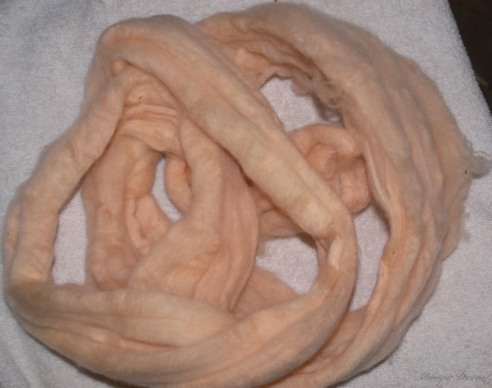rose pale obtenu avec teinture garance