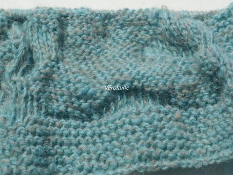 Des réalisations en tricot avec la laine filée main