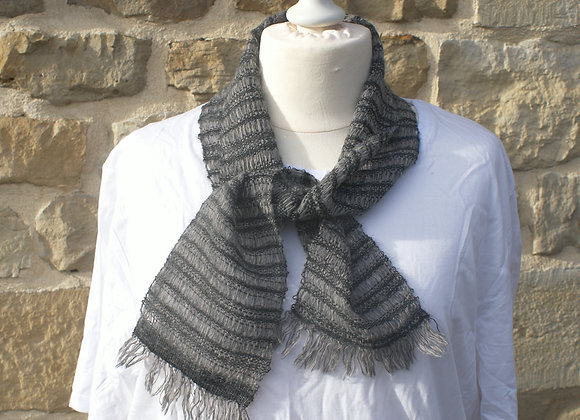 Mini écharpe dentelle grise mohair alpaga