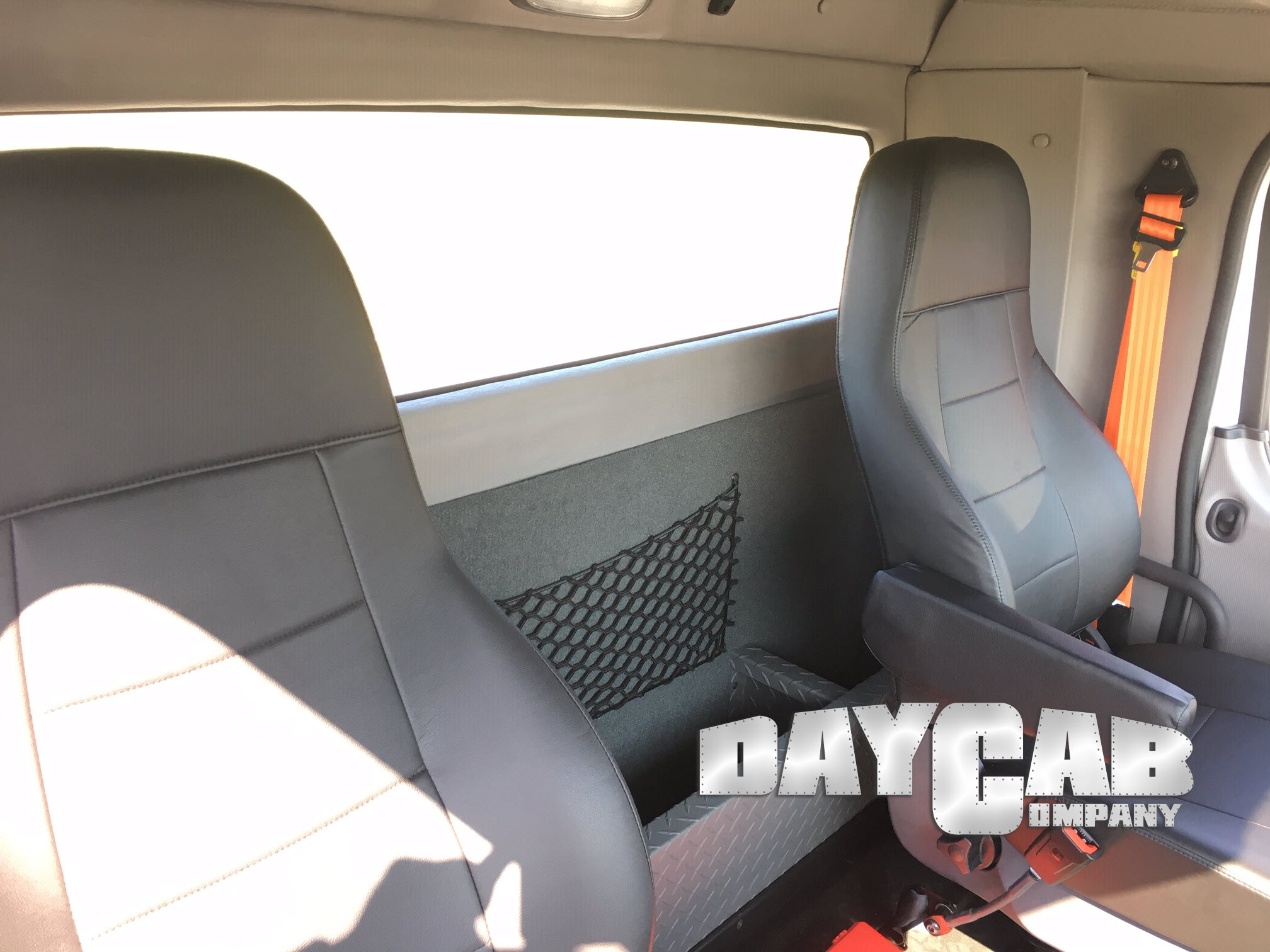 Daycab Company Freightliner M2 Extended