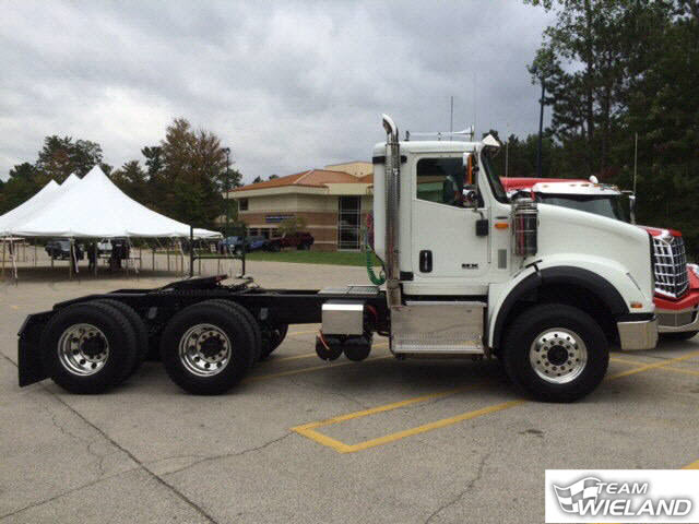 International HX 620 Wieland Trucks 1
