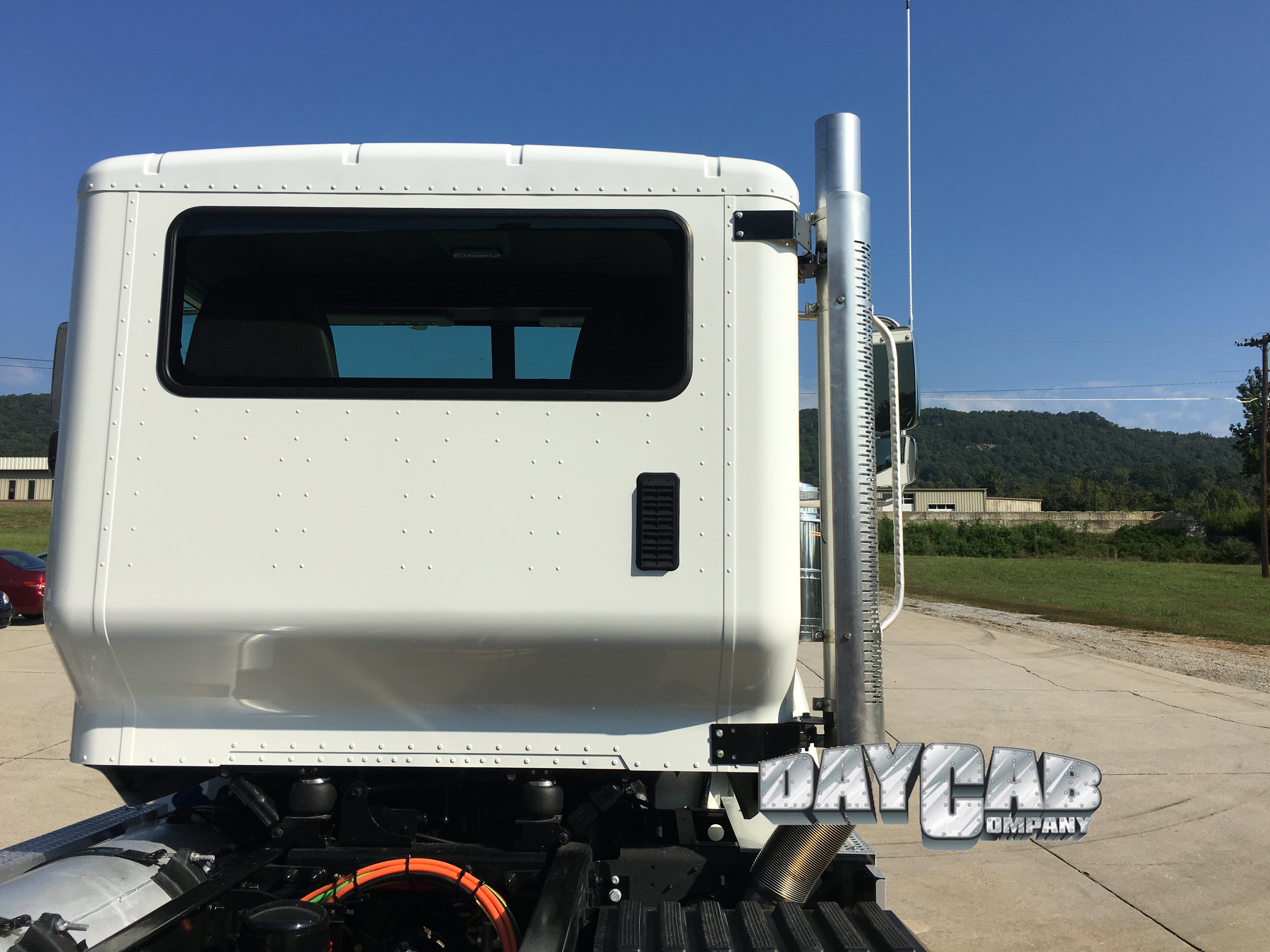 New International HX Extended Cab - Daycab Company