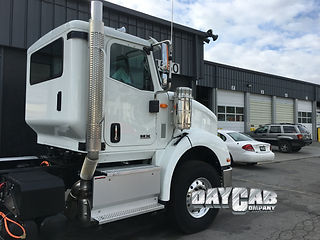 International HX 620 Extended Day Cab - Daycab Company