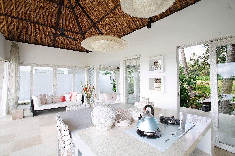 Lounge N-view