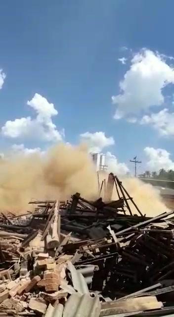 Demolição chaminé