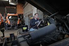 Lumax LX-1160 Air Operated Grease Gun