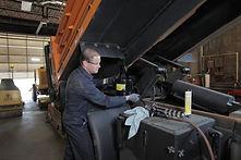 Lumax LX-1538 Trucking Oil Measure