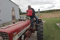 LX-1708T Lumax 8 Quart Galvanized Steel Tractor Funnel