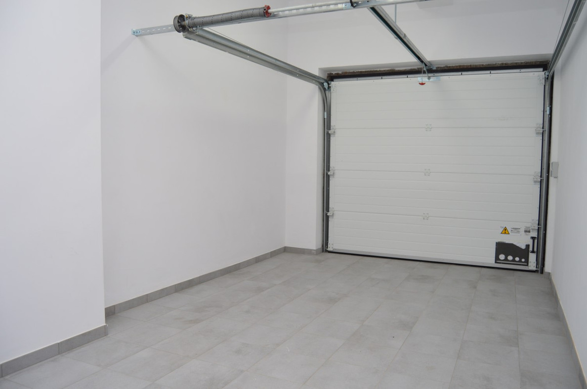 T ROUCOURTSTRAAT 47 - inpandige garage.j